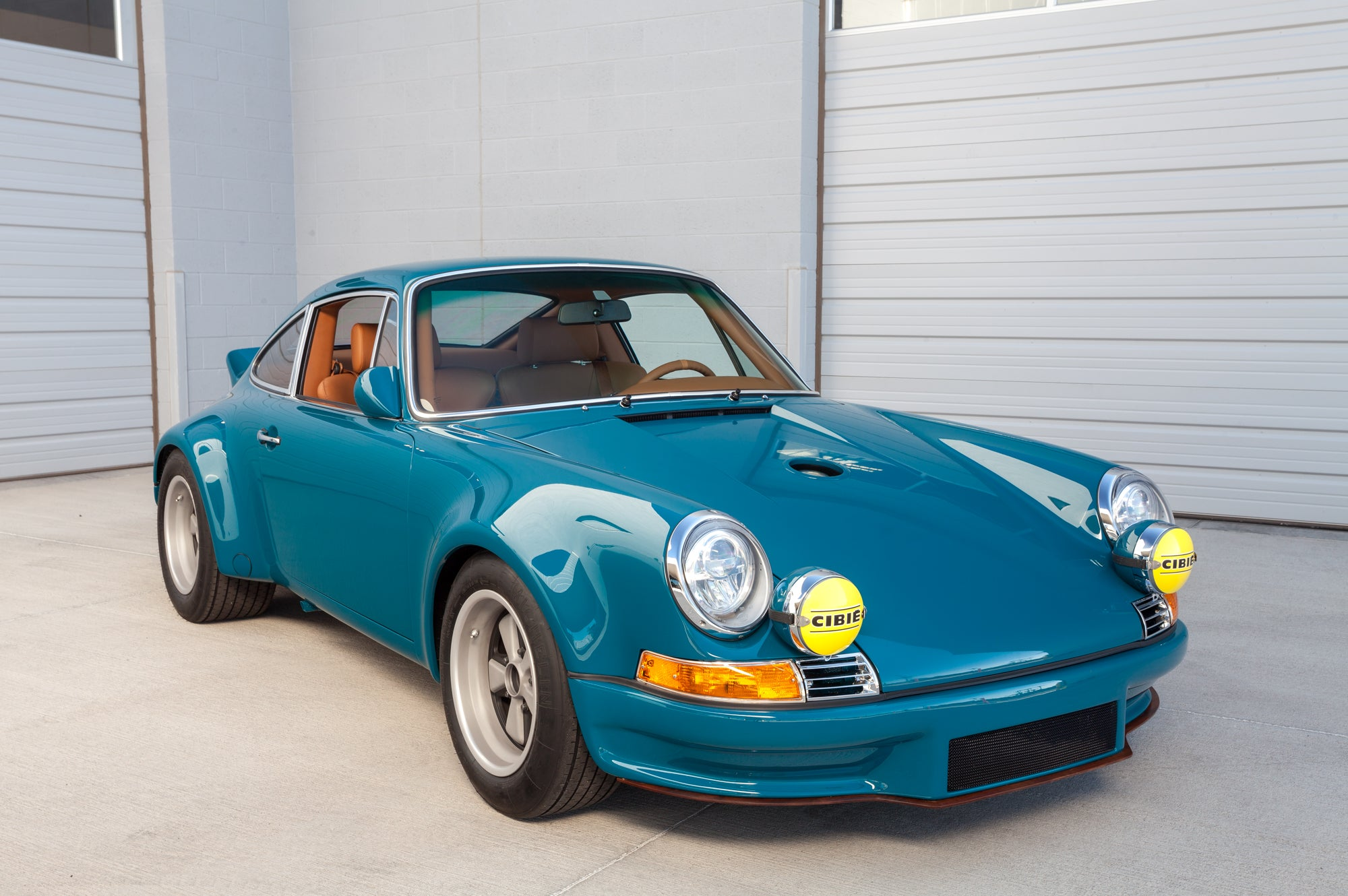 1975 1973 Porsche 911 RSR Backdate 993 Turbo Front
