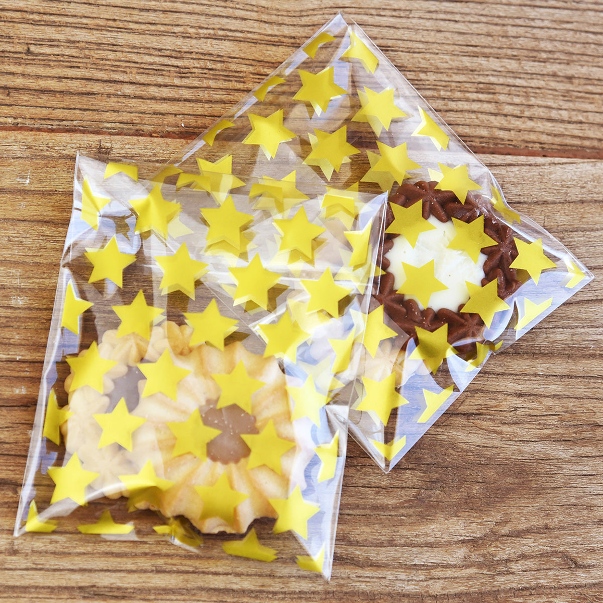 Gold Stars Self-Adhesive Plastic Gift Bags 100 Pieces