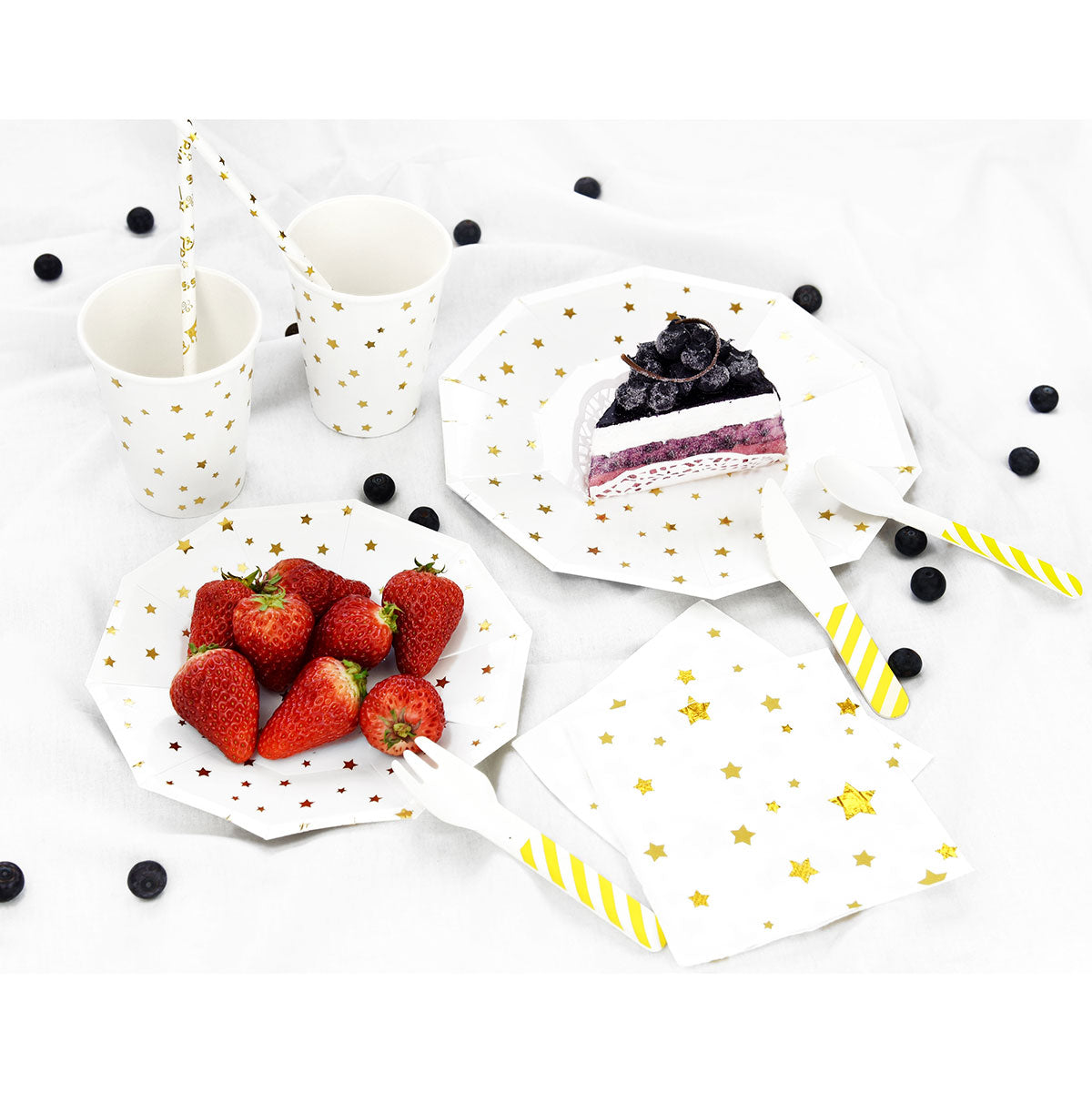 Gold Stars White Party Paper Plates (Small) 24 Pieces