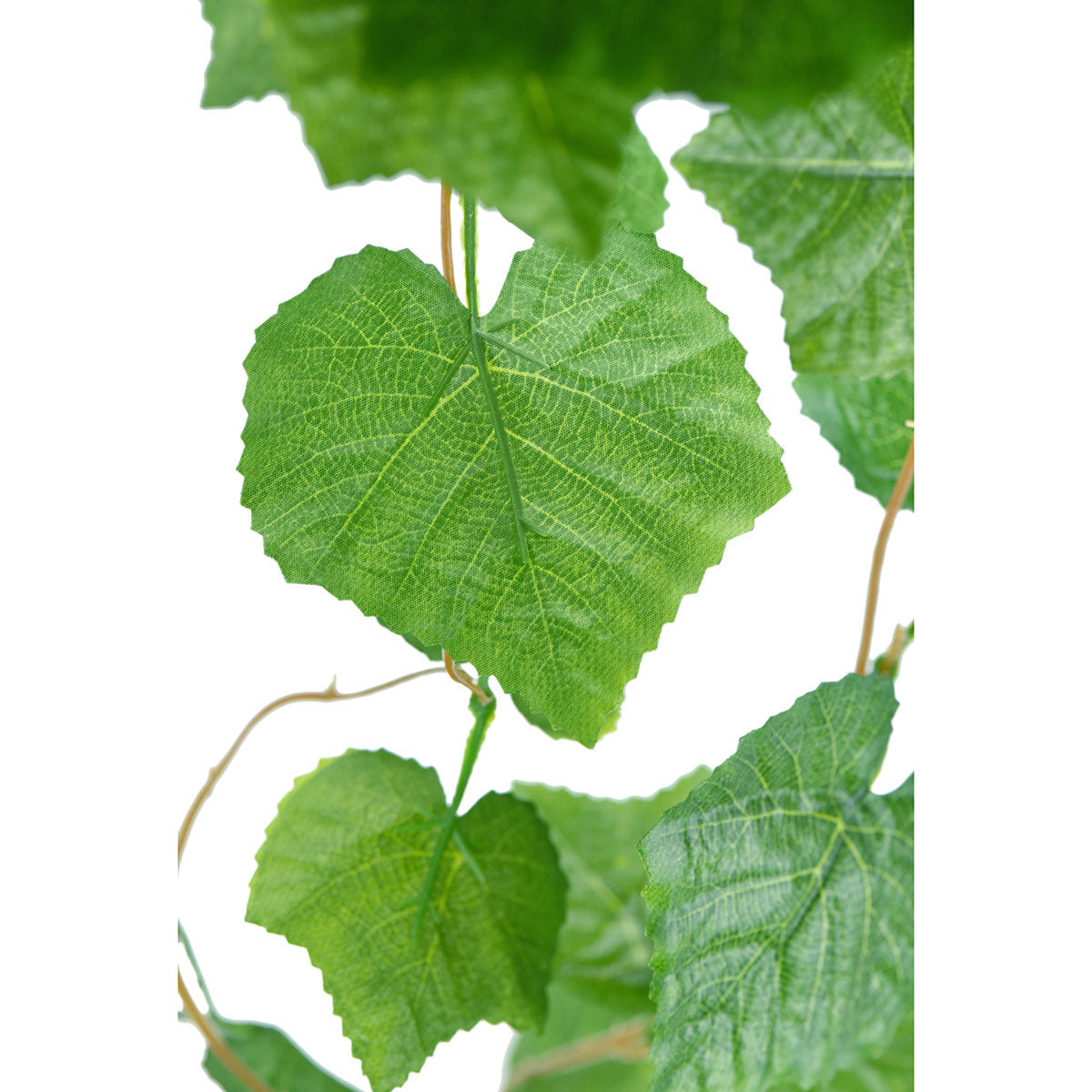Artificial Hanging Plant Grape Leaves Vine Silk Greenery Leaves (12.5m / 41 feet)