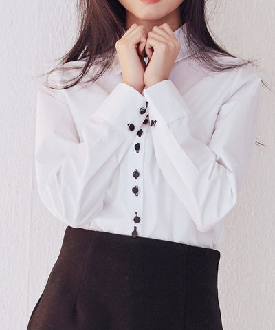 LadyRora【Contrast Color Button White Shirt】 - Rora