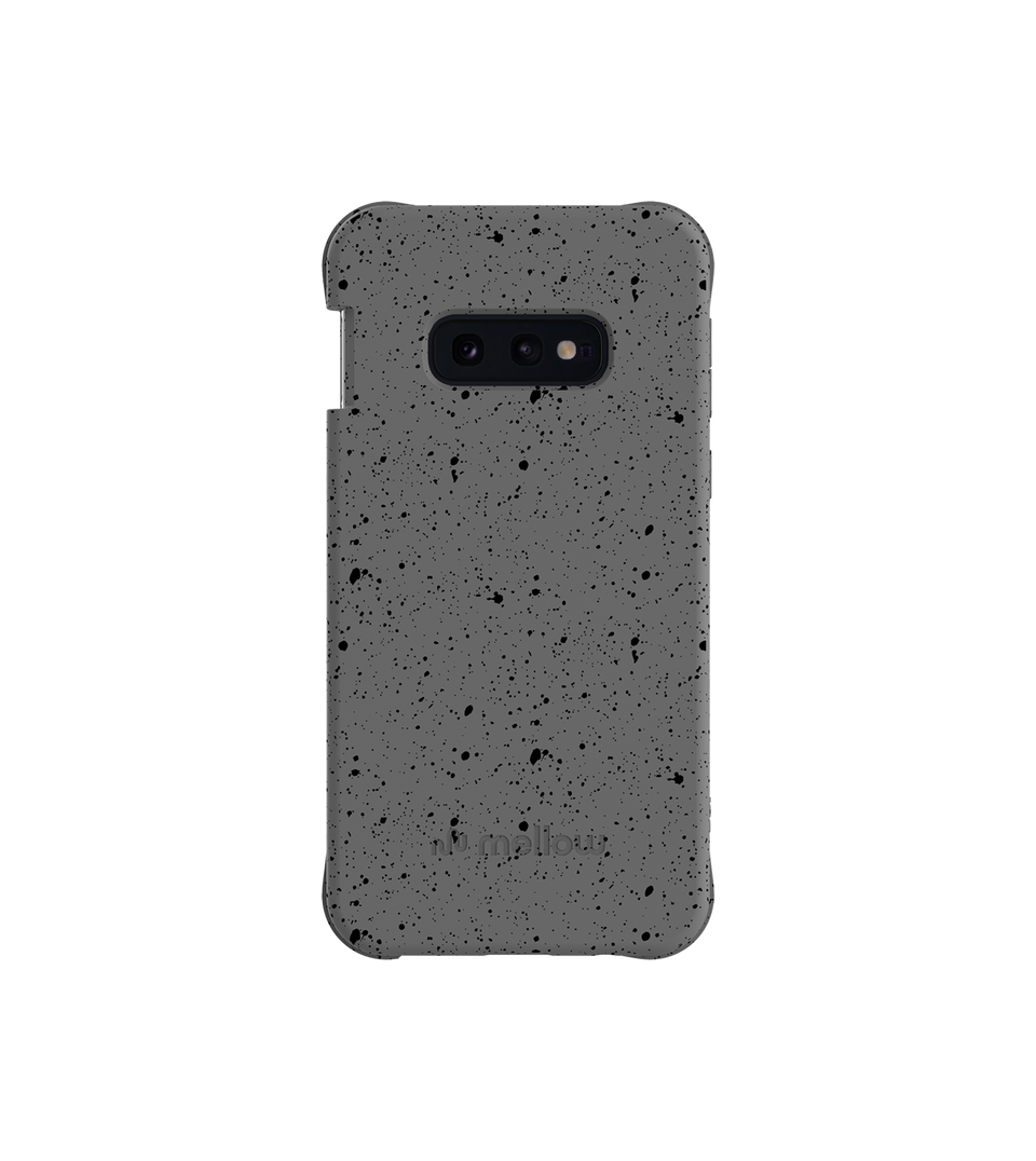 00% compostable phone case. Designed to protect your phone and our planet, without compromising its look, mellow is the ultimate example of how functionality and style can converge in the most sustainable way.
