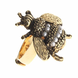 bee-pearl-ring