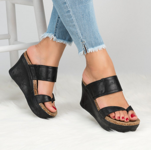 Summer wedge with high heel platform slippers