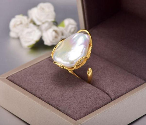 New Vintage Unique Natural  Baroque Freshwater Pearl 925 Silver Ring from Almas Collections