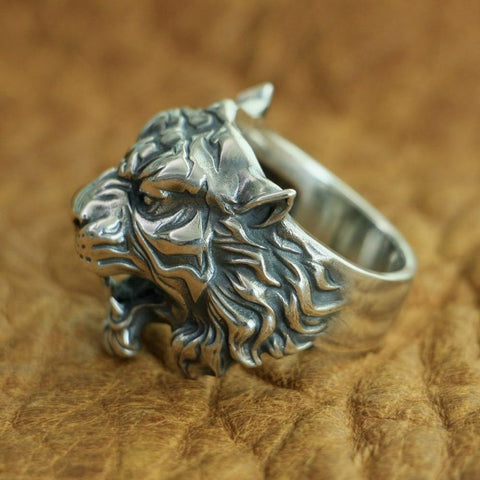 New Tiger 925 Sterling Silver Ring side view from Almas Collections