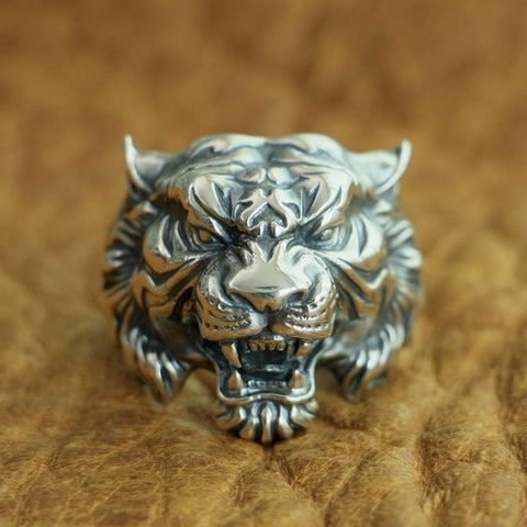 New Tiger 925 Sterling Silver Ring from Almas Collections