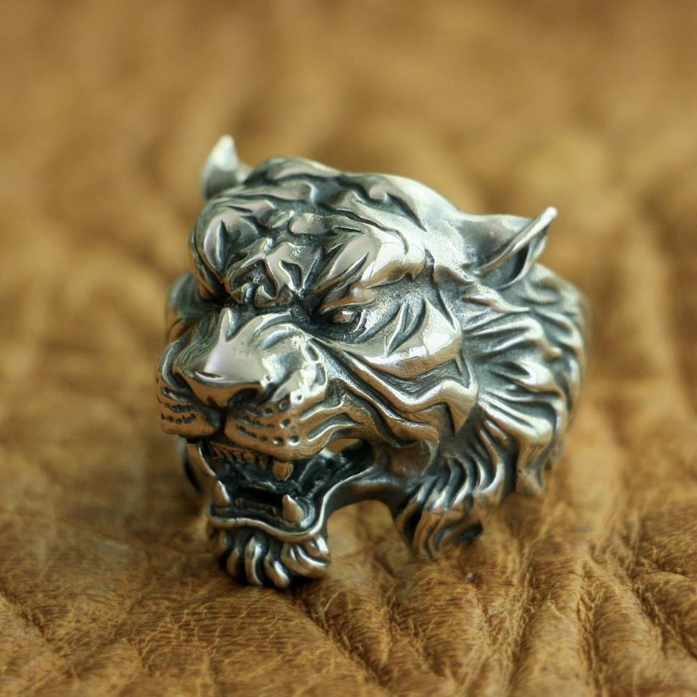 New Tiger 925 Sterling Silver Ring angle view from Almas Collections