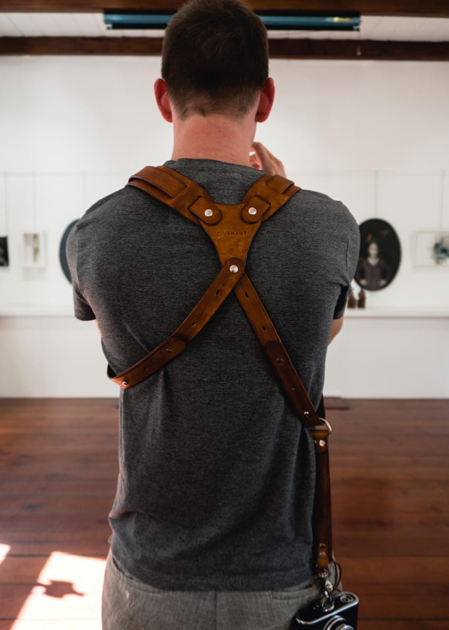 "Dual Leather Camera Harness ""Natural Edge"""