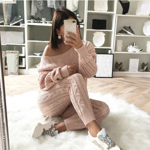 Sexy Sweaters & Knitted Wears