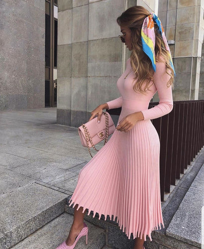 Knitted Long Sleeve Pleated Dress