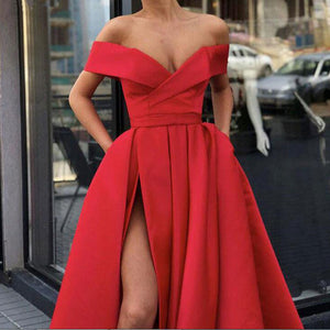 Sexy Evening Dress With Frontal Slit