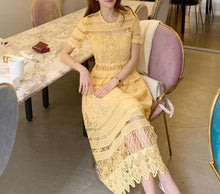 Load image into Gallery viewer, Elegant  Vintage Yellow Lace Midi Dress