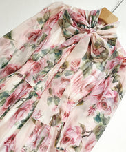 Load image into Gallery viewer, Emma Rose Floral-Print Chiffon Dress
