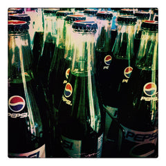 Curio & Co. looks at why soft drinks like Pepsi taste so great in glass bottles. Curio and co. www.curioandco.com