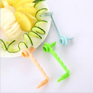 Creative Fruit and Vegetable Manual Winder