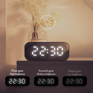 Portable LED Digital Display Wireless Bluetooth Speaker with Alarm Clock
