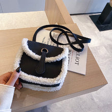 Load image into Gallery viewer, Autumn Fashion Retro Shoulder Crossbody Women Bag
