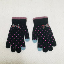 Load image into Gallery viewer, Retro style black polka dot touchscreen gloves