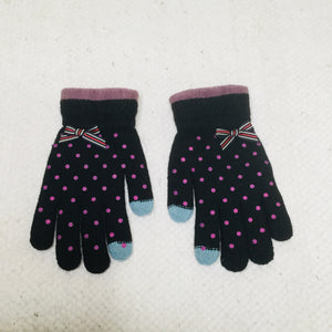 Retro style black polka dot touchscreen gloves