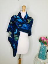 Load image into Gallery viewer, Navy Leaf Print Scarf