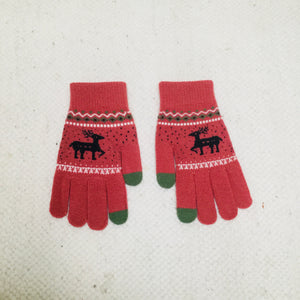 Retro style pink gloves with reindeer