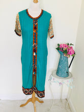 Load image into Gallery viewer, Vintage Embroidered Turquoise Tunic
