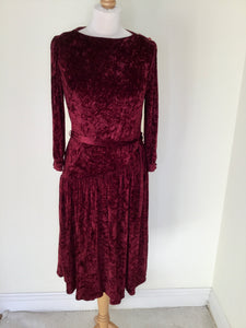 Vintage cranberry crushed velvet dress with belt