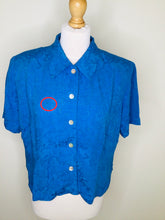 Load image into Gallery viewer, Vintage Blue Short Sleeved Blouse