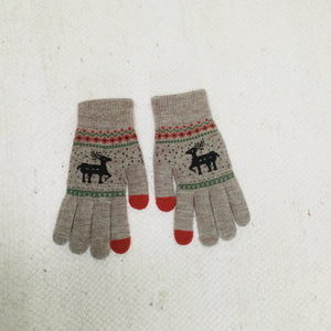 Retro style beige gloves with reindeer
