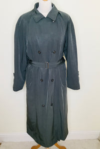 Green vintage trench coat by Dannimac