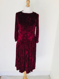 Crushed velvet vintage dress in a cranberry colour