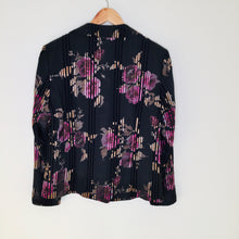 Load image into Gallery viewer, Vintage Floral Print Blazer
