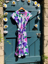 Load image into Gallery viewer, Vintage 1940s style Floral dress