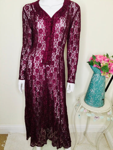 Vintage burgundy floral lace midi dress with long sleeves