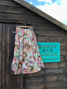 Pretty hibiscus print tiered floaty skirt