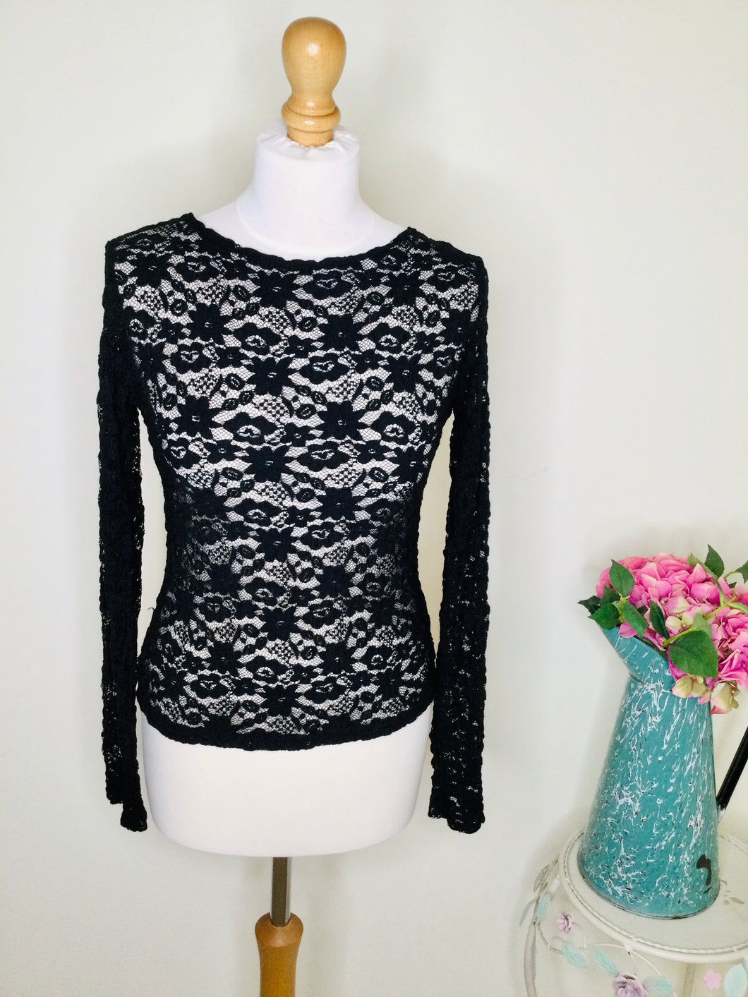 Long sleeved black lace top