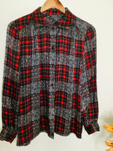 Load image into Gallery viewer,  Vintage tartan print silky blouse