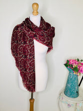Load image into Gallery viewer, Burgundy paisley print scarf with fringing