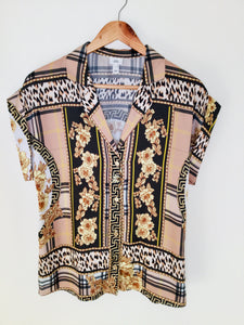 Short sleeved baroque style print blouse