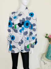 Load image into Gallery viewer, Vintage flower power blouse