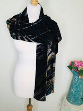 Load image into Gallery viewer, Vintage devoré velvet striped scarf