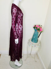 Load image into Gallery viewer, 90s Burgundy Floral Lace Dress