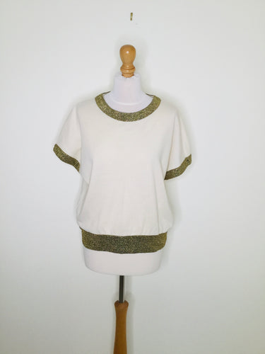 Glamorous vintage Short sleeved cream top with gold trim