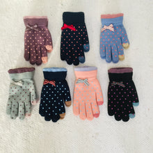 Load image into Gallery viewer, Retro style polka dot gloves