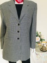 Load image into Gallery viewer, Vintage houndstooth blazer