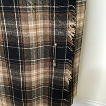 Load image into Gallery viewer, Vintage  black and tan tartan kilt