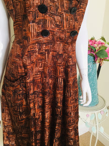 Vintage dress with pockets