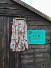 Load image into Gallery viewer, Vintage Hibiscus Print Tiered Skirt