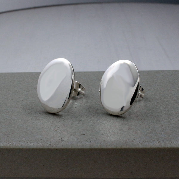 Small Oval Silver Earrings - High-Polished Silver - Stud Earrings